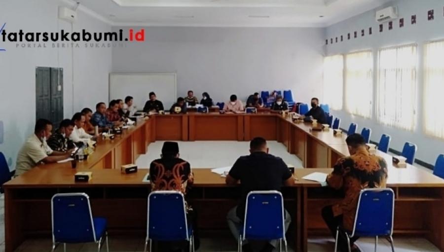 Pandangan Fraksi - Fraksi DPRD Kabupaten Sukabumi Terhadap RPJMD Penjabaran Visi Misi Marwan - Iyos