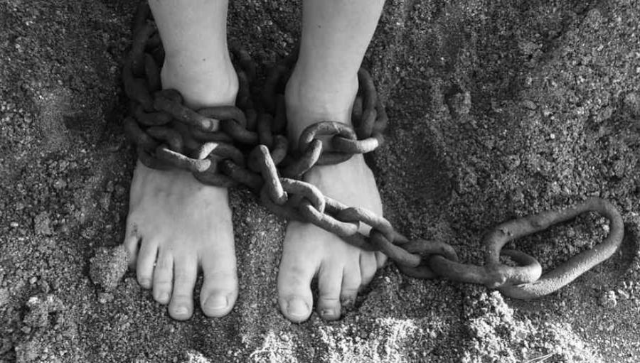 Bonyok Dihakimi Warga Ayah Diduga Lakukan Pelecehan Terhadap Anaknya di Cisolok Sukabumi