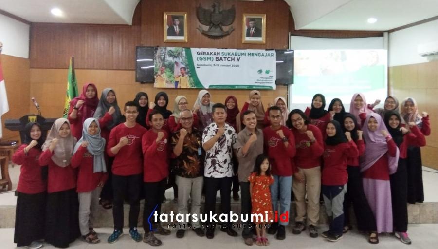 Relawan Mahasiswa Berbagai Universitas di Indonesia Abdikan Diri Mengajar di Wilayah Pelosok Sukabumi