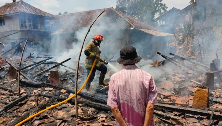 Korban Kebakaran Rumah di Waluran Sukabumi Butuh Bantuan