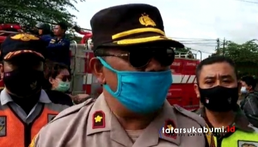 Operasi Polisi Penegakan Pemberlakukan Pembatasan Kegiatan Masyarakat di Sukabumi