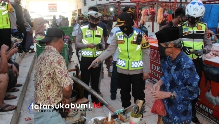 AKBP Sumarni Blusukan ke Pasar Awasi Kedisiplinan Protokol Kesehatan