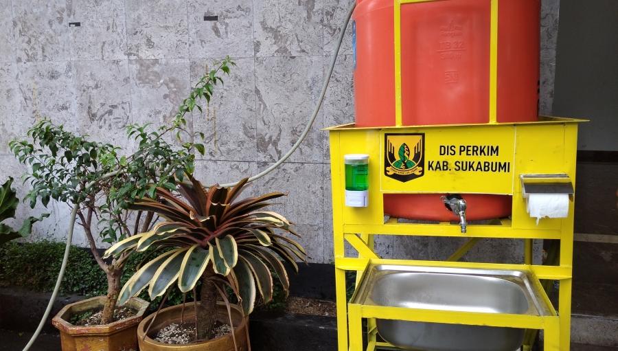 Cegah Covid-19 Pemkab Sukabumi Sebar 185 Tempat Cuci Tangan Portable