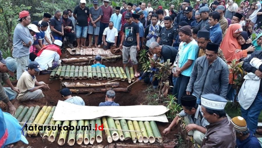 3 Makam Berdampingan Korban Sumur Maut Beracun di Sukabumi