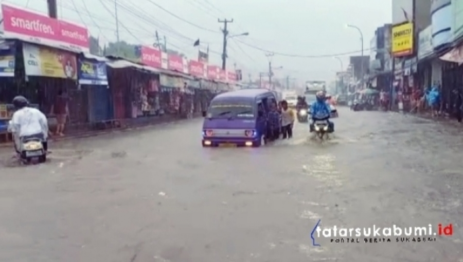 Kota Nayor Cibadak Langganan Banjir di Musim Hujan