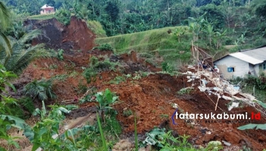 Tebing Ambruk Timpa Rumah Warga di Sukabumi 1 Korban Meninggal Dunia 2 Luka-luka