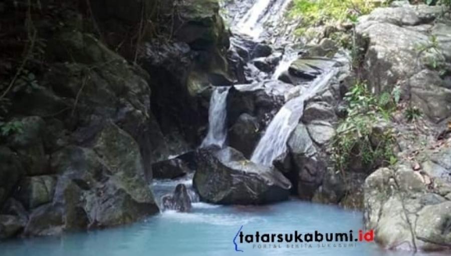 Curug Leman Keindahan Air Terjun Jernih Kebiruan di Hutan Kota Palabuhanratu