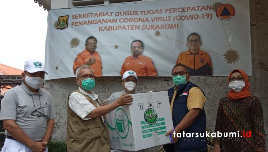 Yayasan Buddha Tzu Chi Indonesia Donasikan APD Bagi Petugas Medis Penanganan Covid-19 Sukabumi