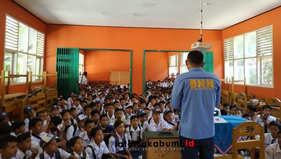 BNNK Sukabumi Implementasikan Intruksi Presiden Wujudkan Sekolah Bersih Narkoba