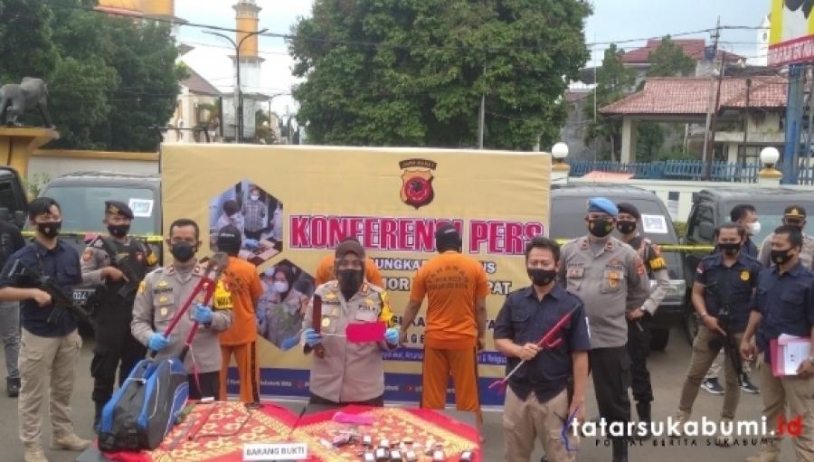 Residivis Spesialis Bongkar Mobil Dibekuk Polres Sukabumi Kota 14 Unit Mobil Jarahan Berhasil Diamankan
