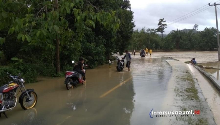 Cuaca Ekstrem Areal Pertanian dan Ruas Jalan Geopark Ciletuh Terendam Banjir