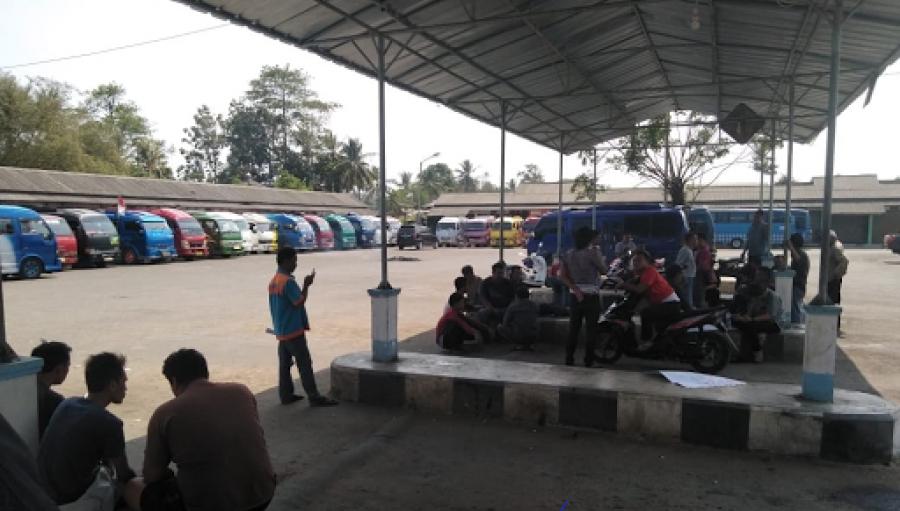 Sopir Elf Jampang Surade Minta Taksi Gelap Dihapus, Polsek Surade Turun Tangan