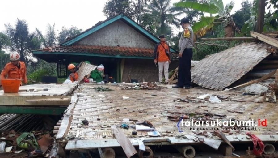 61 Rumah Masjid dan Sekolah di Kabandungan Rusak Diterjang Angin Puting Beliung