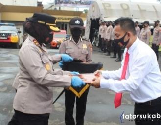 Anugerah Personel Berprestasi Polres Sukabumi Kota, AKBP Sumarni Atensi Narkoba dan Geng Motor Harus di Berantas