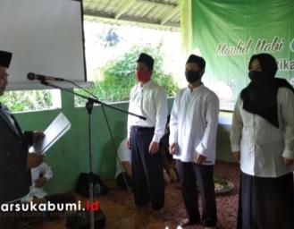 Unang Sudarma Lantik Pengurus UPZ Baznas Kecamatan Kebonpedes