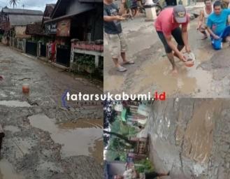 Mancing Ikan di Kubangan Air Jalan Penghubung Antar Kecamatan di Sukabumi