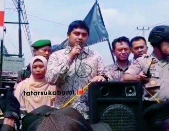 Sah! Bawaslu Kabupaten Sukabumi Lantik dan Ambil Sumpah 141 Panwascam
