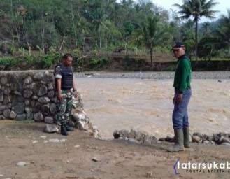 Sungai Cibareno Cisolok Kembali Meluap 2 Rumah dan Mushola Hanyut Terbawa Bah