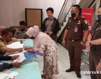 APH Pelototi Penyaluran BST Tahap II, Kejari Sukabumi Siap Terima Laporan Bila Ada Pungli atau Potongan Bantuan