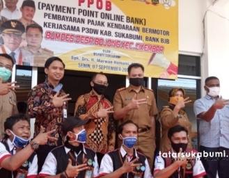 PPOB BUMDes Bojong Cikembar Mempermudah Masyarakat Melakukan Transaksi Keuangan