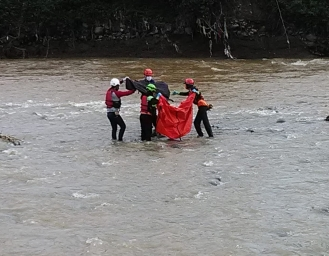 Geger Temu Mayat Pria Tanpa Identitas di Sungai Cicatih Sukabumi