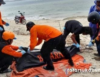 Jenazah Pria Tanpa Identitas Ditemukan Mengambang di Pantai Ujunggenteng