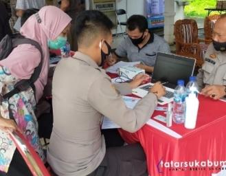 Vaksinasi Jajaran Polres Sukabumi Kota
