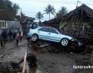 Warga Tasikmalaya Hilang Saat Banjir Bandang Terjang 5 Desa di Cicurug Sukabumi