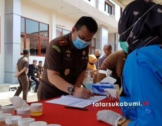 BNNK Sukabumi Tes Urine Jajaran Kejari Kabupaten Sukabumi