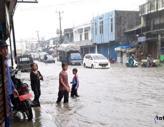 Cibadak Dikepung Banjir, Warga : Inimah Sudah Biasa