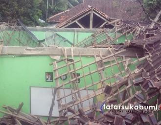Gempa Sukabumi Terkini Mengakibatkan Bangunan Sekolah Ambruk