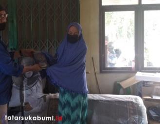 Polda Jabar Berikan Bantuan Sarana Penunjang Yayasan Tahfidz Quran di Sukabumi
