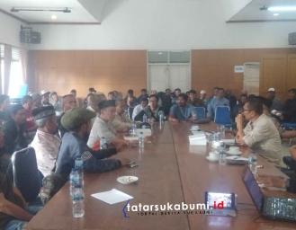 Kriminalisasi Pungli hingga Pengrusakan Tanaman, Petani Ngadu ke Anggota DPRD Sukabumi
