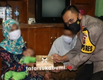 Presiden Jokowi Santuni Wanita Warga Sukabumi yang Suaminya Ditangkap Densus 88