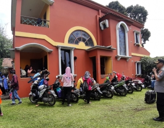 Polsek Cicurug Berlakukan Pembubaran Kumpulan Massa dan Jam Tutup Rumah Makan