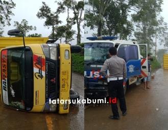 Truk Box Kopi dari Surabaya Menuju Jampang Terbalik