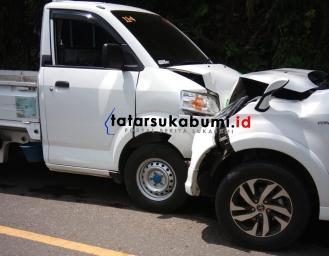 Adu Banteng Pickup dan Minibus di Jalur Palabuhanratu - Kiaradua