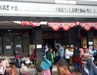 Bantuan Permodalan Gratis 2,4 Juta Rupiah Masih Terbuka, Kantor DPK UKM Kabupaten Sukabumi Diserbu Pelaku UMKM