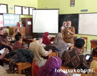 Evaluasi TIK Persiapan Belajar Tatap Muka dan Pendaftaran Peserta Didik Baru 2021 Dinas Pendidikan Kabupaten Sukabumi